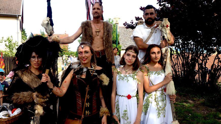 Les familles du village s'y mettent aussi grâce à la Guilde cette année