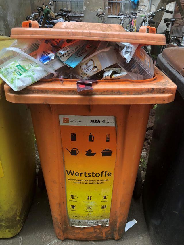 En Allemagne, les déchets plastiques se jettent dans une poubelle jaune ou orange