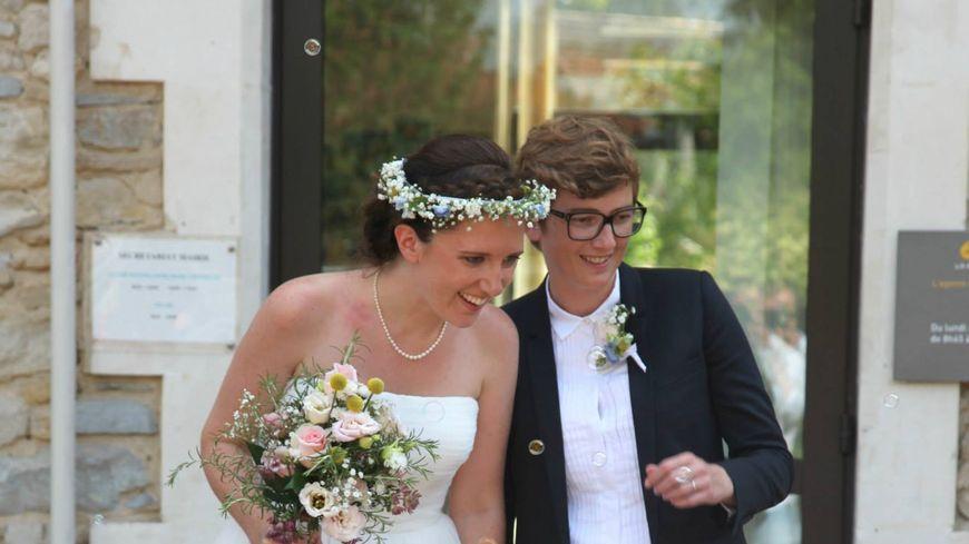 Marie Clémence et Aurore se sont mariées en 2015 à Mess, dans les Landes.