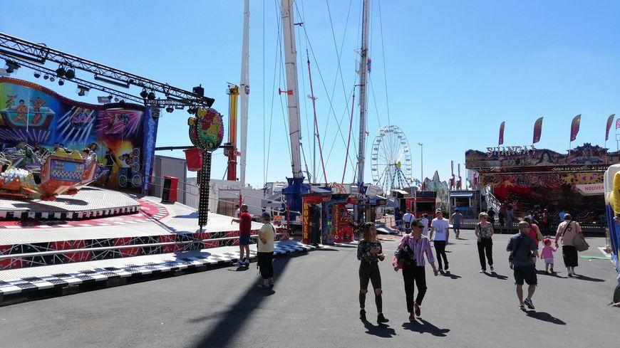 Au total, une centaine d'attractions sont installées sur ce nouveau site.
