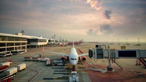 Épisode 4 : Aéroports : le grand marché