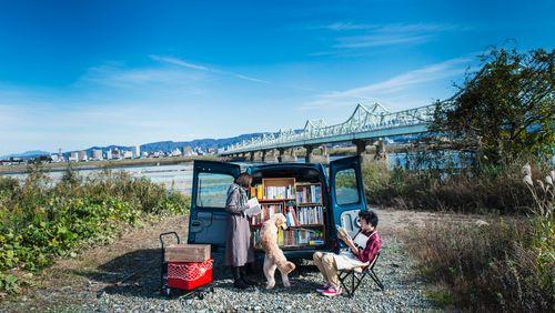 La Grande table des livres : les littératures voyageuses