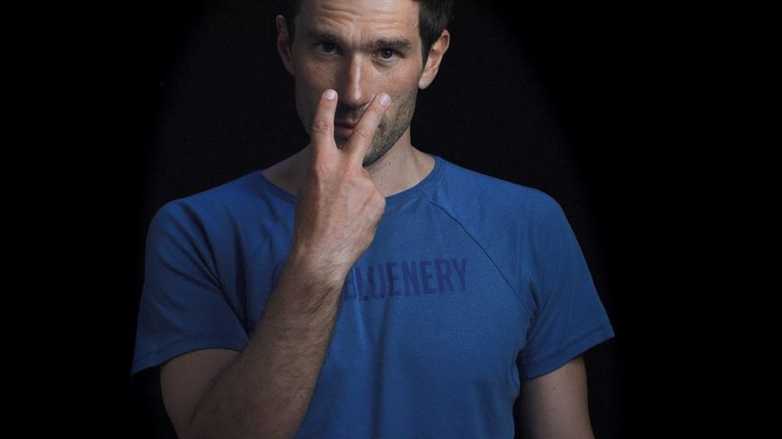 L'apnéiste niçois Guillaume Néry participe à la campagne