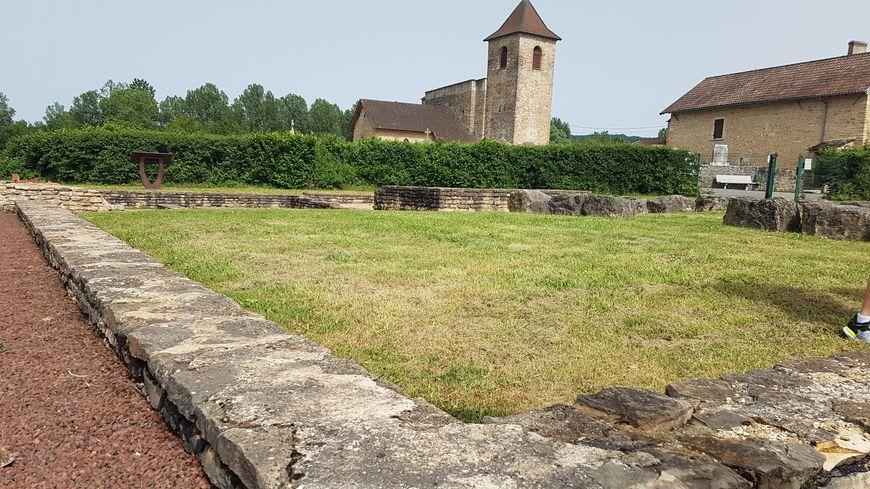 Le site archéologique du Vernai à Saint-Romain-de-Jalionas