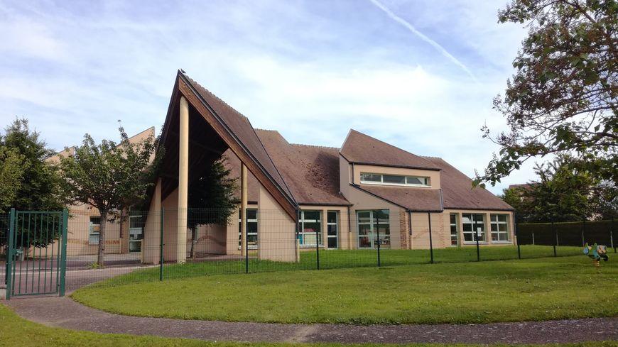 L'école maternelle Jean-de-la-Fontaine à Morigny-Champigny  où sont scolarisés les trois enfants