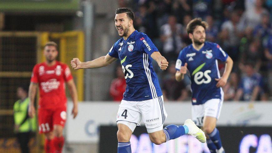 Le défenseur Pablo Martinez sera un joueur du Nîmes Olympique dans les prochaines heures