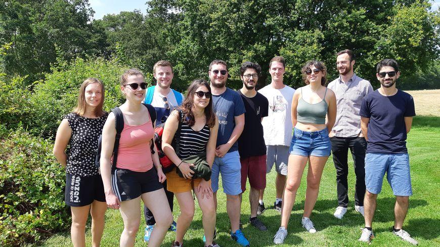 Les 9 étudiants de la Fac de médecine de Caen en visite dans le Nord-Mayenne