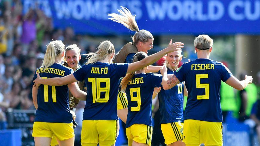 Les footballeuses suédoises ont sorti les Allemandes et affronteront les Néerlandaises, le 3 juillet, à Lyon.