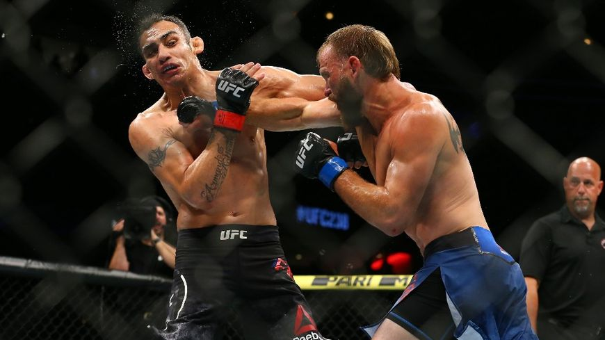 Le MMA devrait bientôt être légalisé en France après des années de combat de la part des pratiquants pour sa reconnaissance.