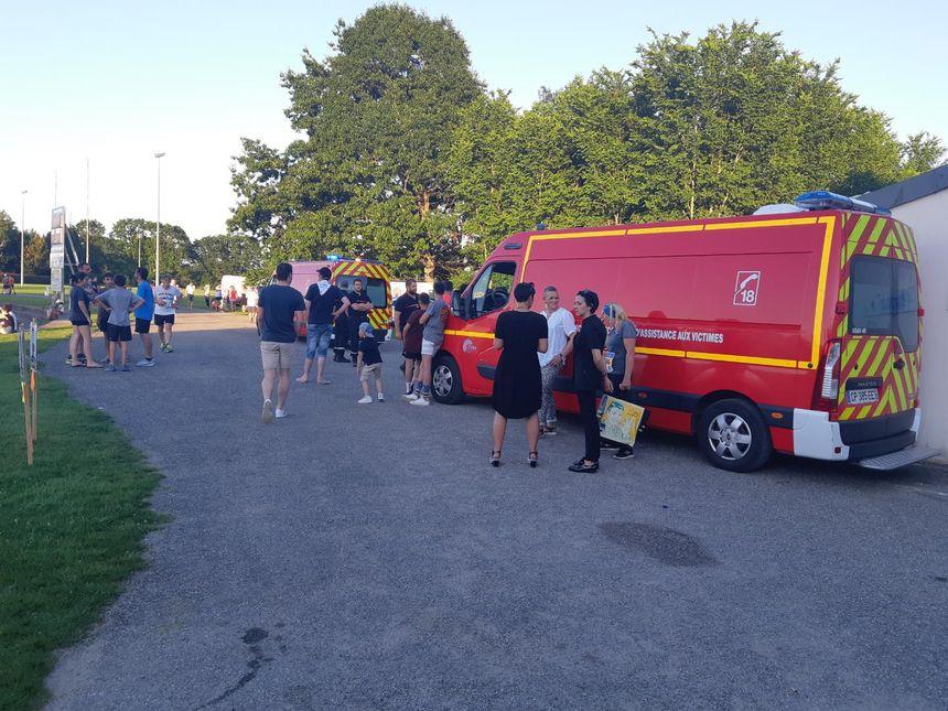 Les pompiers étaient nombreux pour porter secours aux victimes de la chaleur.