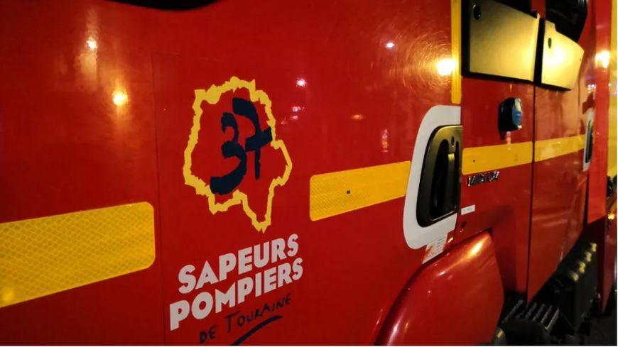 Une soixantaine de pompiers sont intervenus pour ces feux le long de la voie ferrée entre Joué-lès-Tours et Monts