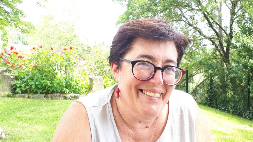 Véronique Grosjean, co-présidente de l'association Renouveau de la Bastide de Mirande (32)