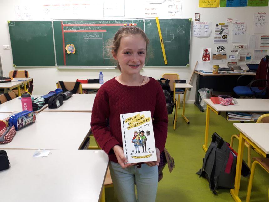 Rachel 10 ans élève en CM2 à l'école de Saint-Ganton