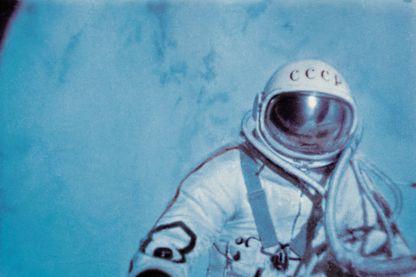 Le cosmonaute soviétique Alexei Leonov, lors de la première sortie extra-véhiculaire dans l'espace le 18 mars 1965