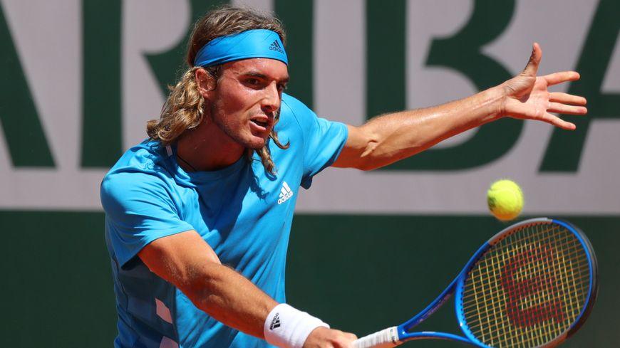 Stefano Tsitsipas est le premier Grec en 8e de finale de Roland Garros depuis 1936.