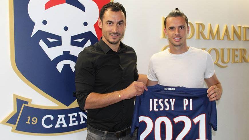 Jessy Pi avec le directeur sportif du SMC Yohan Eudeline