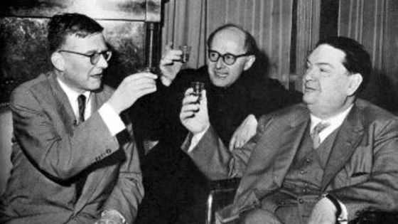 Chostakovitch à Paris en 1973 avec Jean Wiener et Darius Milhaud