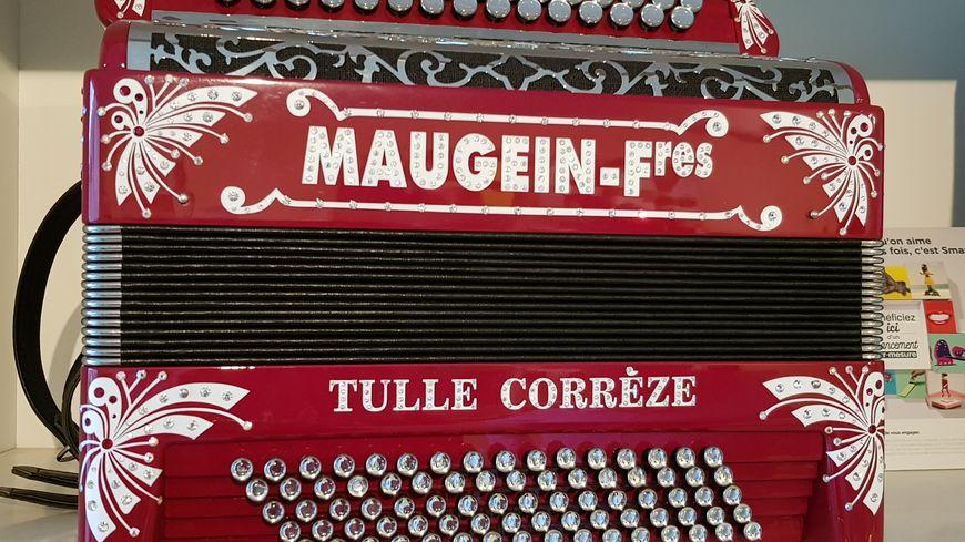La maison Maugein : le temple de l'accordéon !