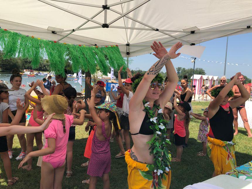 Maeva Lo-Shing proposait des initiations à la danse tahitienne.
