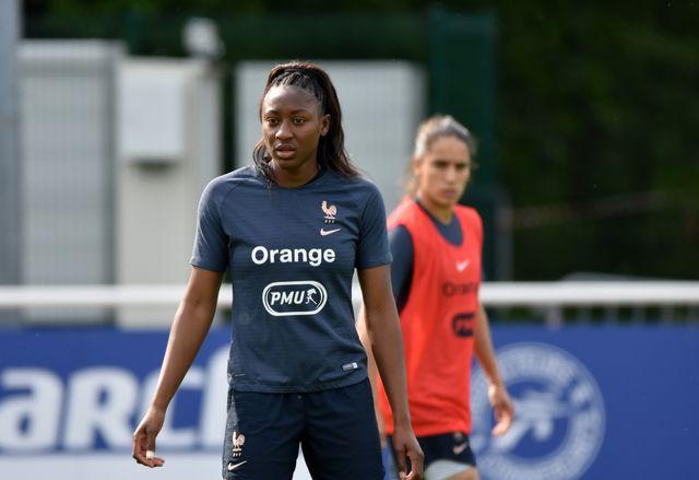 Kadidiatou Diani à Clairefontaine lors d'un entraînement de l'équipe féminine de football en préparation à la Coupe du monde