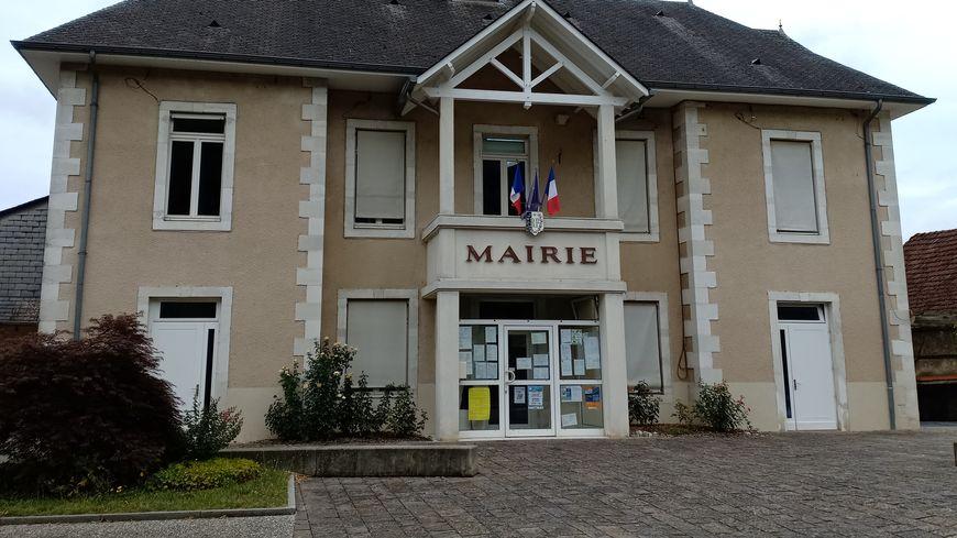 La mairie d'Arbus