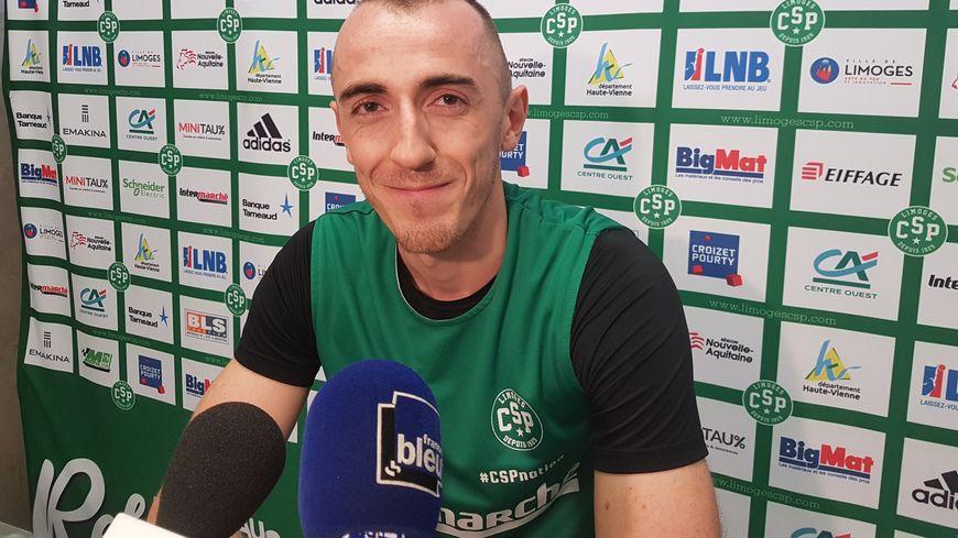 Le meneur Jonathan Rousselle quitte le Limoges CSP et son brassard de capitaine pour s'engager avec le club espagnol de Bilbao.