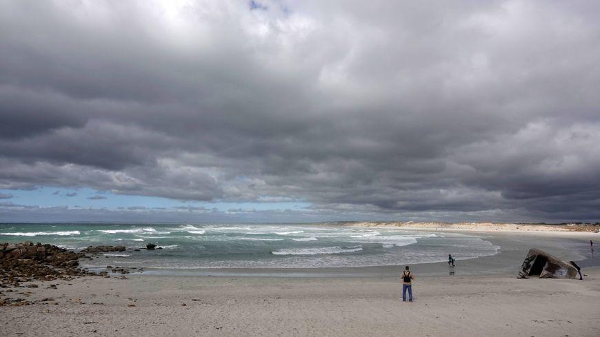 La plage de Pors Carn, à la Torche