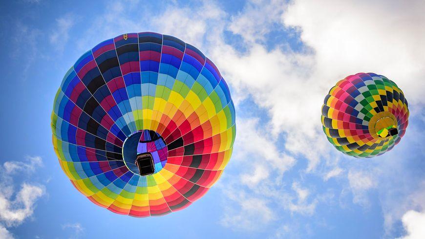 Les montgolfières décollent deux fois par jour, le matin et le soir à 6h30 et 18h30 au Gemab 2019