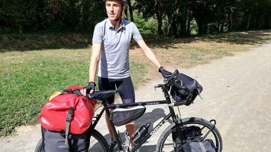 Kévin Brault va faire le tour du globe seul, à vélo, pendant 5 ans !!