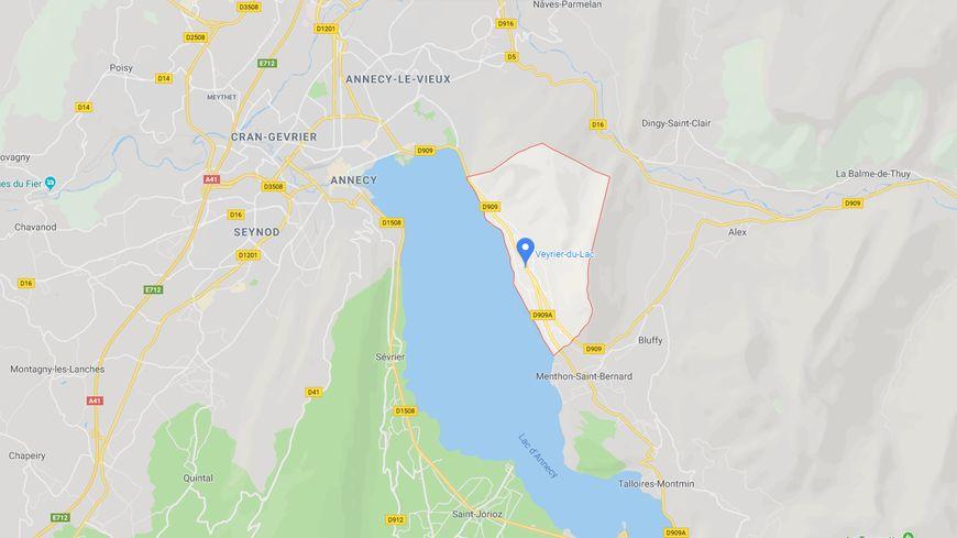 Le drame s'est produit ce samedi matin sur la route principale de Veyrier-du-Lac