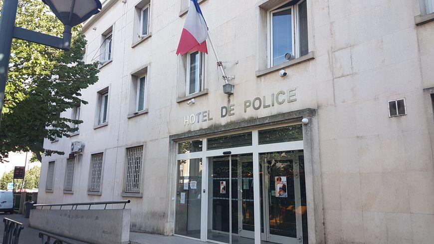 Commissariat de Béziers