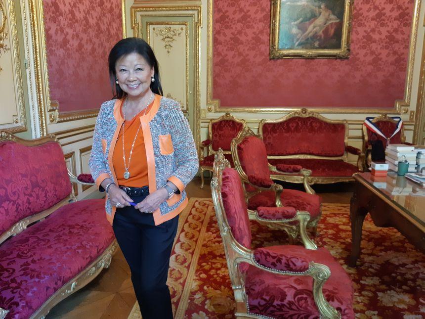 La maire du 8è arrondissement de Paris, Jeanne d'Hauteserre demande l'interdiction des manifestations dans le secteur des Champs-Elysées.
