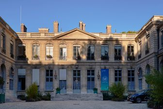 L'hôtel de Roquelaure, dans le 7e arrondissement de Paris, héberge le ministère de la Transition écologique et solidaire