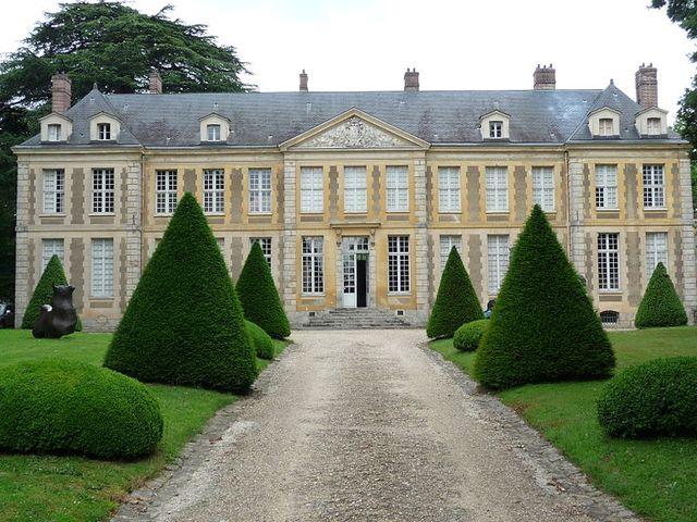 Le château abritant la Fondation de Coubertin à Saint-Rémy-lès-Chevreuse