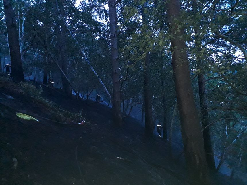 Les 14 sapeurs-pompiers de Loire-Atlantique ont passé la nuit à lutter contre les flammes dans l'Eure.