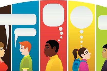 Différentes personnes en pleine conversation