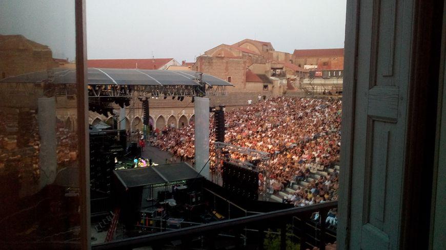 Les fenêtres de pascale dominent la scène du Campo Santo