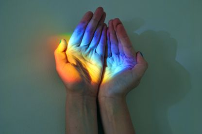 Un arc-en-ciel et tout à coup, les couleurs à portée de mains