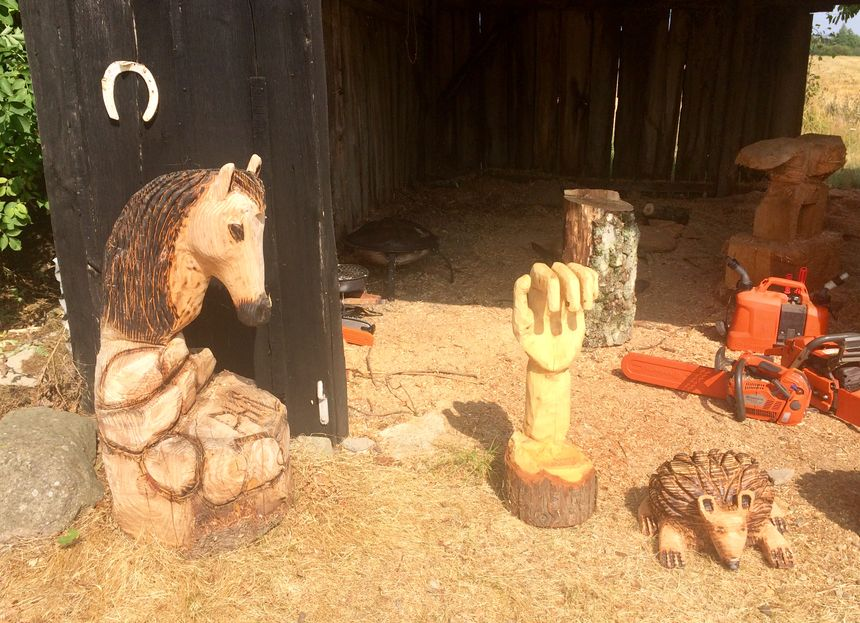 Quelques sculptures de Philippe encore dans son atelier de Cigné.