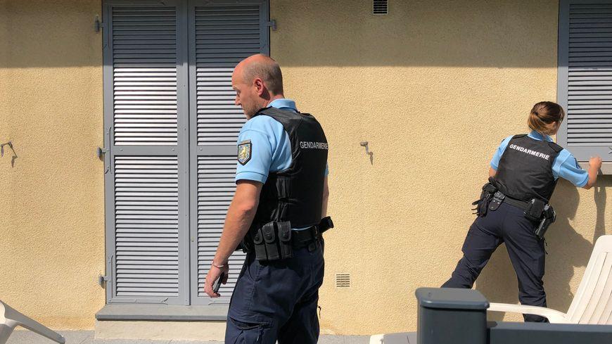 Les gendarmes viennent voir régulièrement votre maison pendant votre absence.