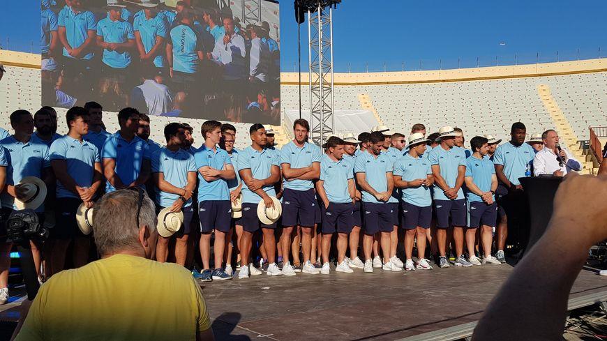 L'équipe 2019-2020 de l'aviron bayonnais au complet