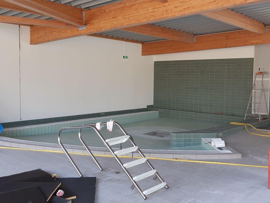 piscine de Villaines-la-Juhel en travaux