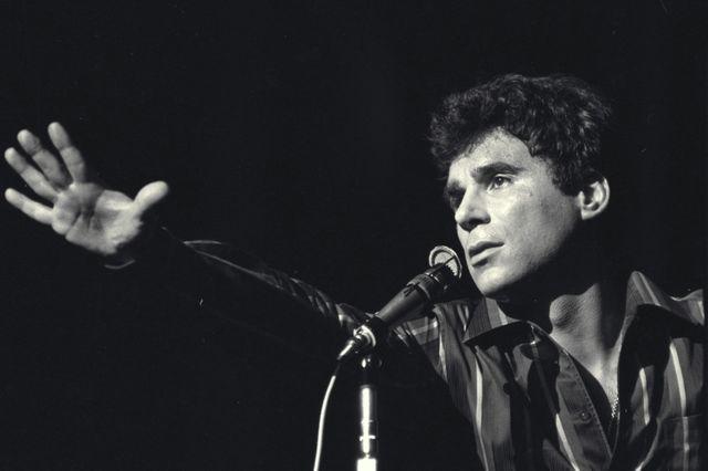Claude Nougaro en concert en 1965