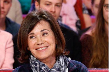 """Mémoires d'une reporter d'une guerre avec Martine Laroche-Joubert auteure de """"Une femme au front : mémoires d'une reporter de guerre"""" (Le Cherche Midi)"""