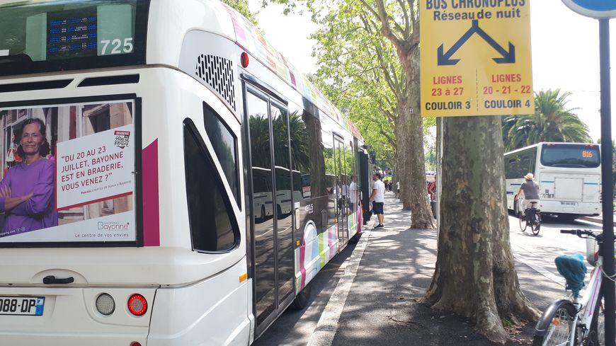 Pendant les fêtes de Bayonne, la place des Basques devient Gare routière