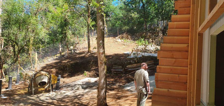 Pour accueillir les hippopotames, la réserve s'étend sur 1/2 hectares