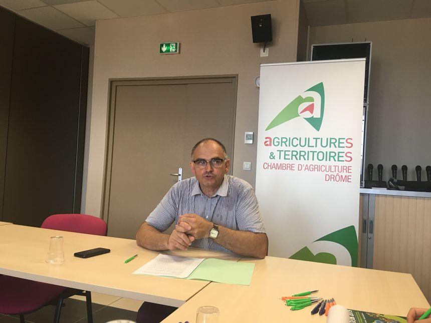 Jean-Pierre Royannez, président de l'association Solidarité agricole Drôme, le mercredi 24 juillet à la Chambre d'agriculture de la Drôme, à Valence.