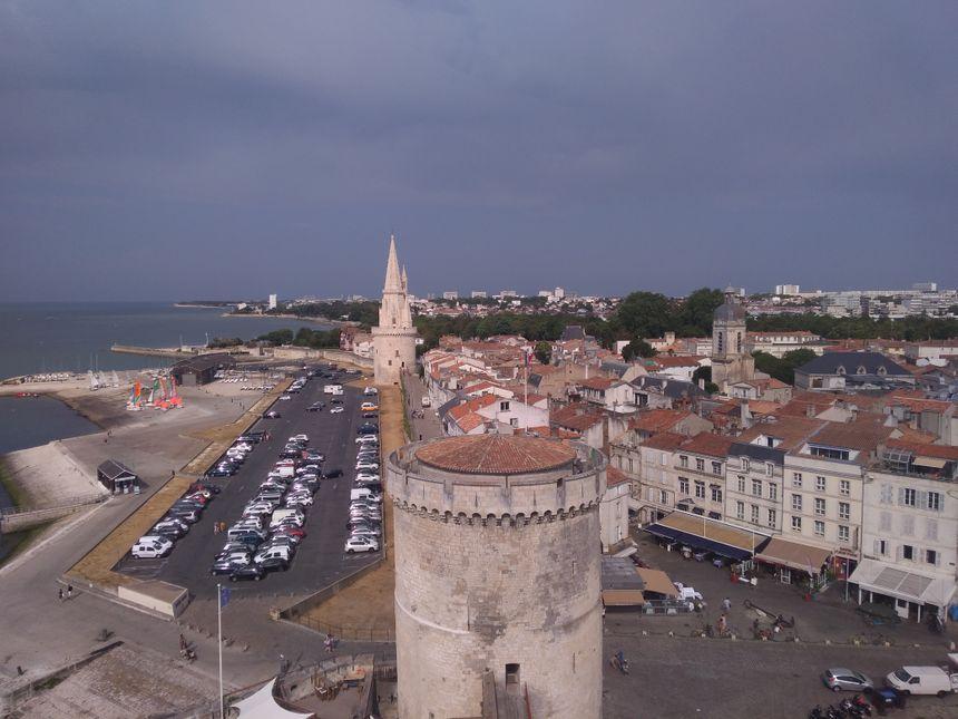 Le centre national des monuments nationaux propose pour la première fois une visite nocturne de la tour Lanterne, le 31 juillet et les 6 et 13 août.