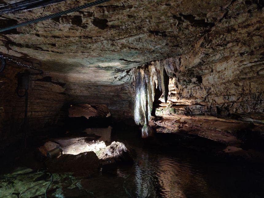 Stalactite ou stalagmite ?