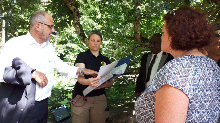 Les services de l'état en Haute vienne inspectent les lieux touristiques, ici le parc animalier du Reynou
